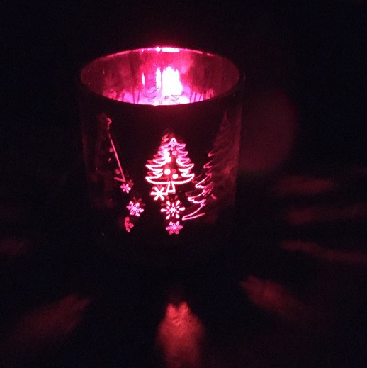 Windlichtglas 'Hirsch' weiß, rot metallisiert bei bekos.ch