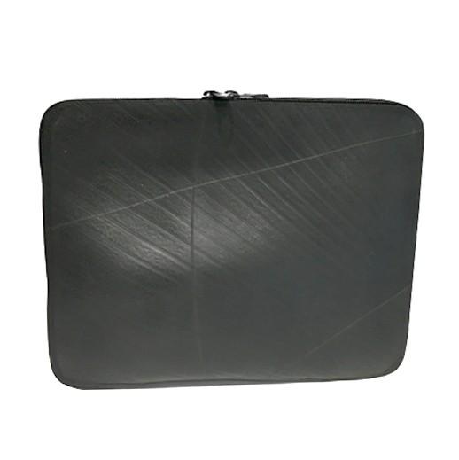 """Upcycling - Laptophülle aus recycelten Autoreifen 12"""" bei bekos.ch"""