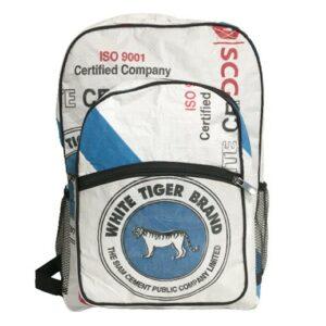 Upscycling - Grosser Rucksack aus recycelten Zementsäcke White Tiger bei bekos.ch